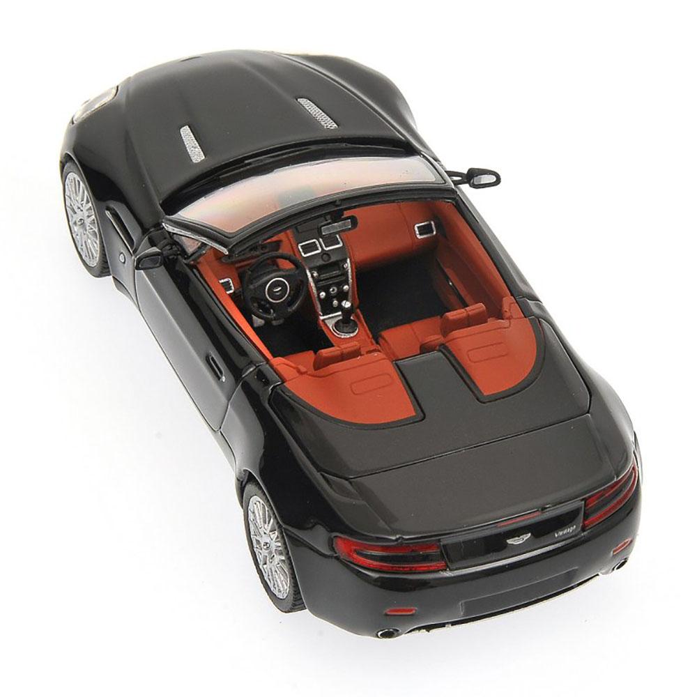 Aston Martin V8 Vantage Roadster 2009